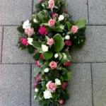 Loose Cross funeral tributes hydes florists doncaster