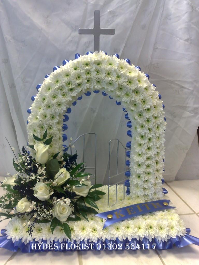 Hydes florist bespoke funeral tributes gallery gates of heaven funeral tribute hydes florist doncaster izmirmasajfo