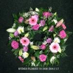 loose wreath pink roses hydes florist doncaster